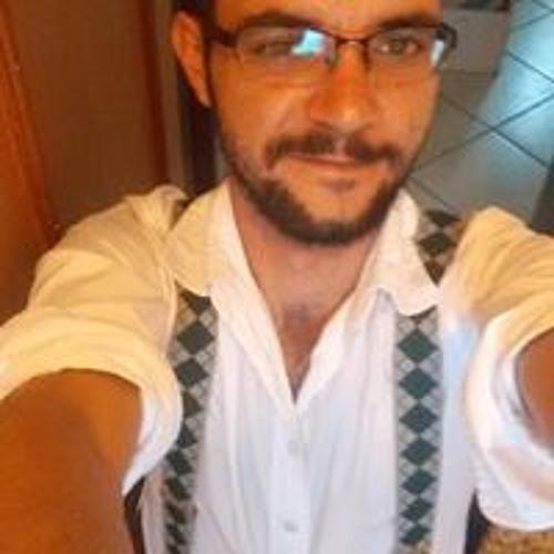 Celso Junior's avatar