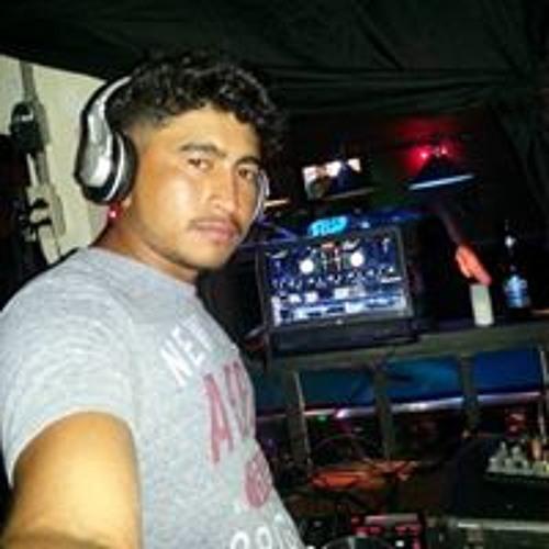 Josh Rodriguez Majano's avatar