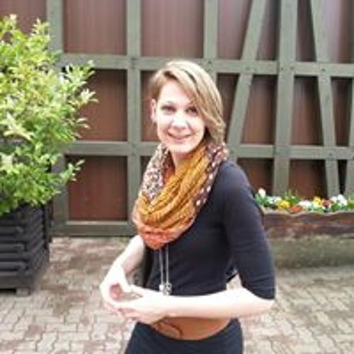 Isa Bell's avatar