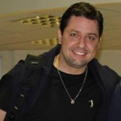 Marcos Pecci's avatar