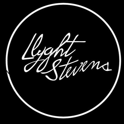 Llyght Stevens's avatar