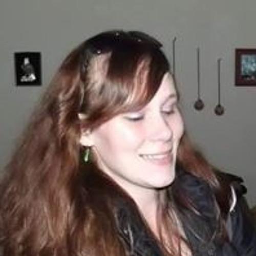 Larisa Day's avatar