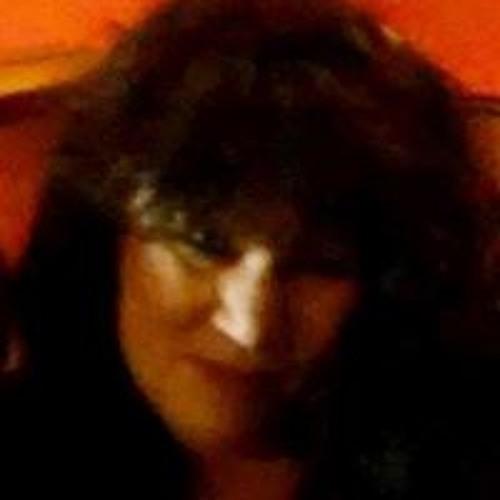 Shari Taylor's avatar