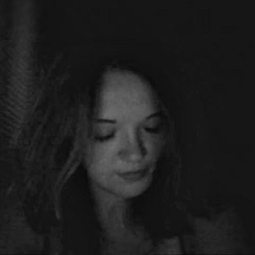 julia's avatar