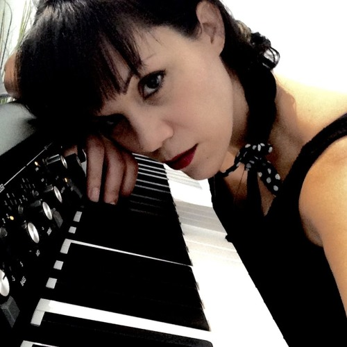 Angie Arsenault's avatar