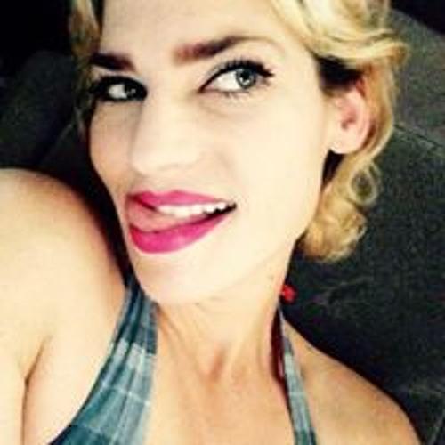 Lisa Papuzza's avatar