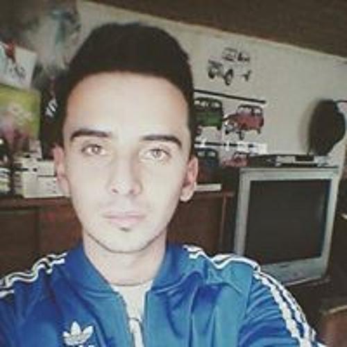 Edwin Castañeda's avatar