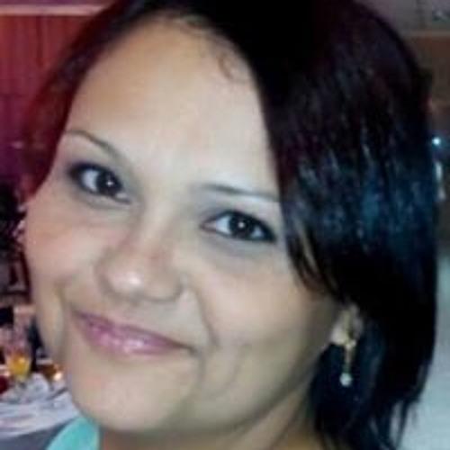 Roberta Kelly Assis's avatar