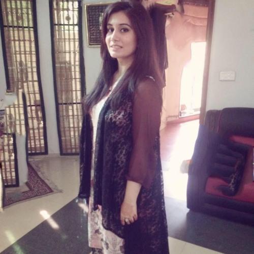 Namra qadri's avatar