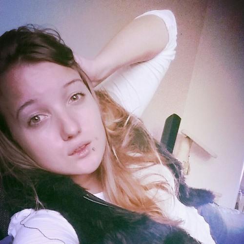 Sara Pyky's avatar