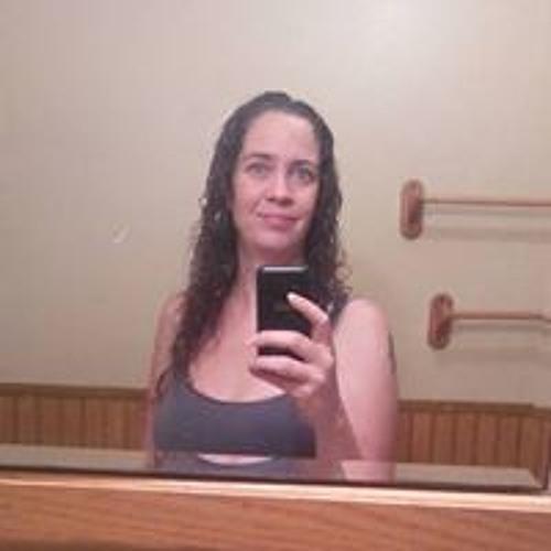Lisa Marie's avatar