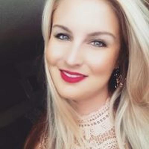Amy Janelle's avatar