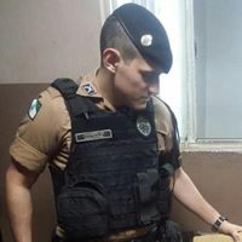 Guilherme Augusto Martins's avatar