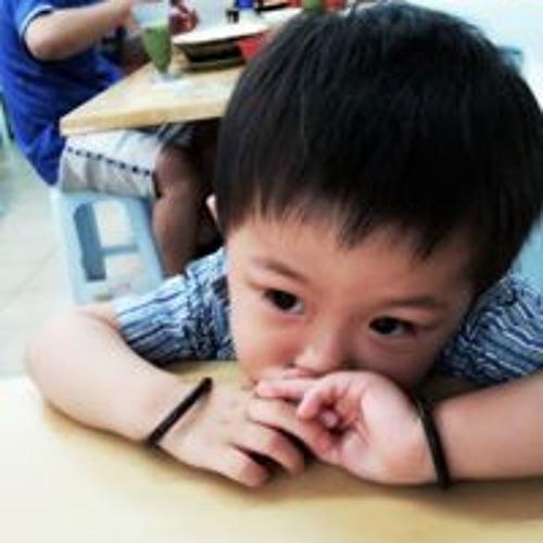 HuiQing Tan's avatar