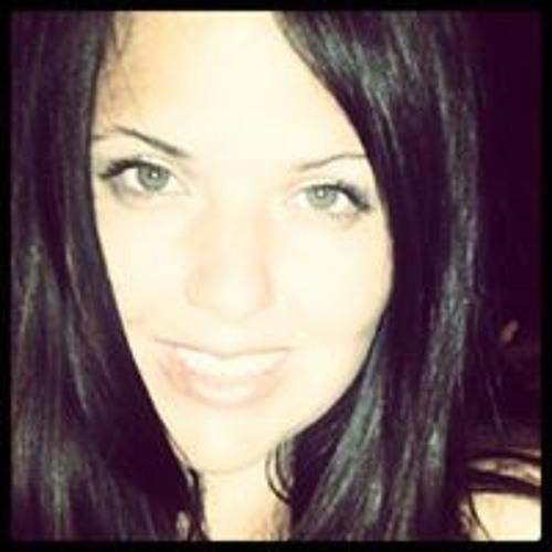 Tara Lynn Oakley's avatar