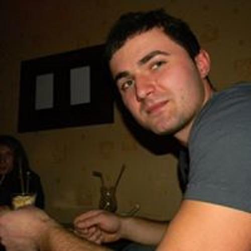 Razvan Di's avatar
