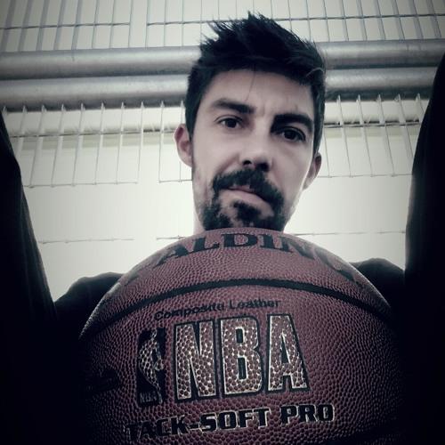 Juju Van's avatar