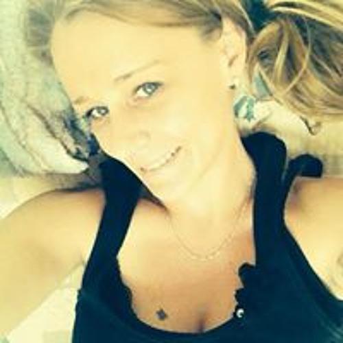 Marie Dubeau's avatar
