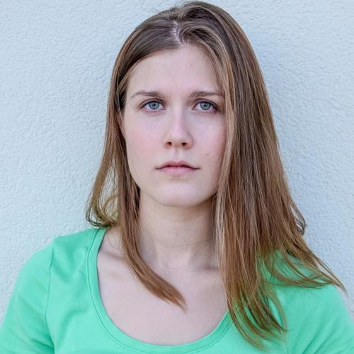 Caroline Dubberly's avatar