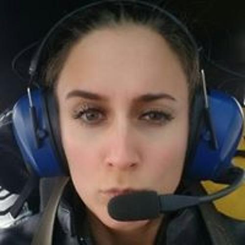 Gabriella Plomer's avatar