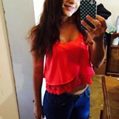Karla Batiz's avatar