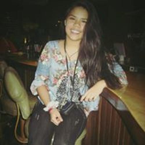 Claudia Benites R's avatar