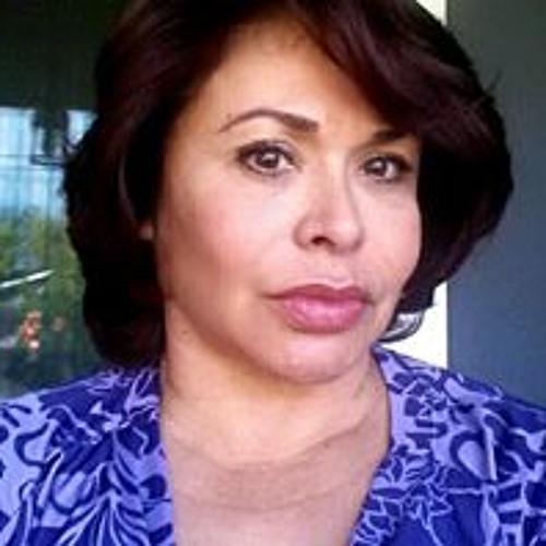 Emily Martinez Stein's avatar
