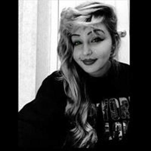 Brianna Elizabeth's avatar