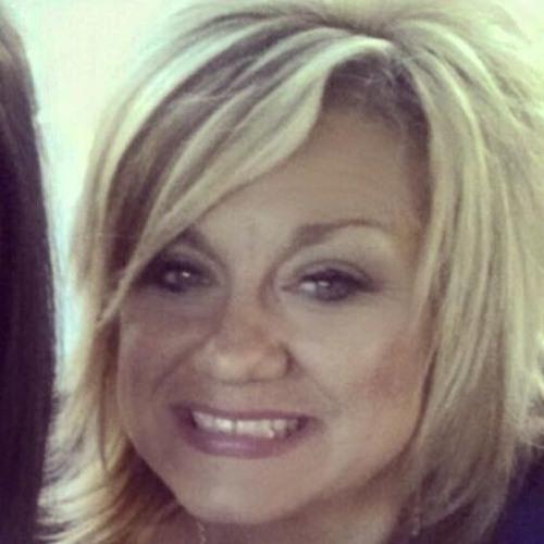 Angela Valdes's avatar