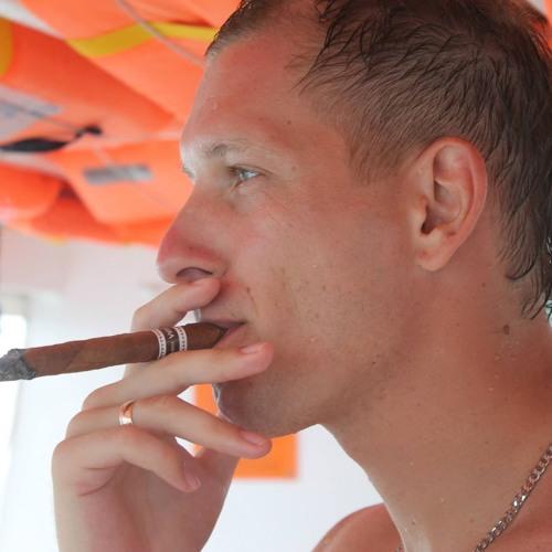 Alexander Medchenko's avatar