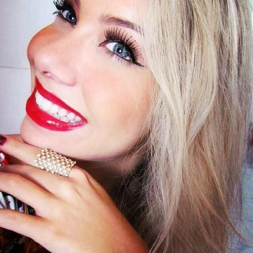 Paula_Miguel's avatar