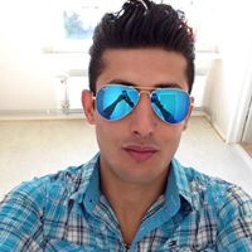 Shade Javan's avatar
