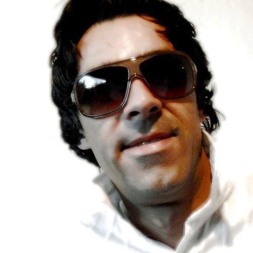 Charles Christian's avatar