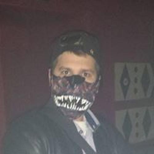 Adrian Qcu's avatar