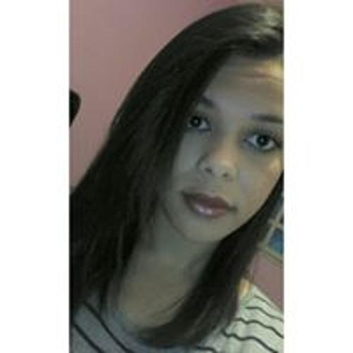 Camila Fernandes's avatar
