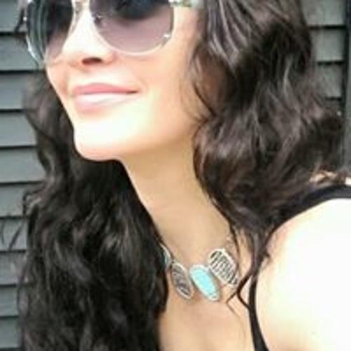 Richelle McGarry's avatar