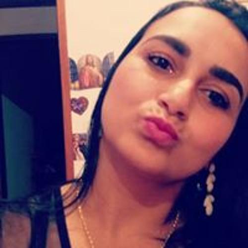 Michelle de Oliveira's avatar