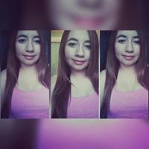 Yessica M. Valle's avatar