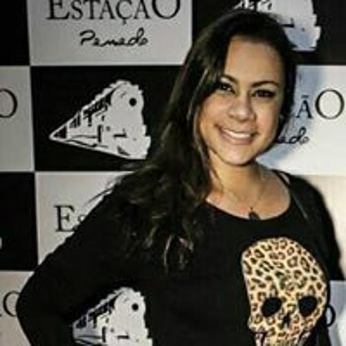 Amanda Velasco Pires's avatar