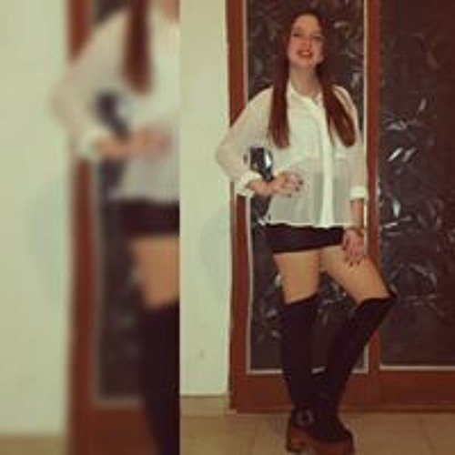 Aisha Fernandez's avatar