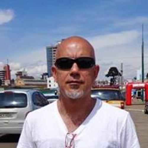 Alberto Eleuterio Alves's avatar