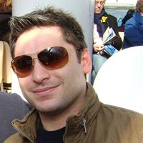 Luciano Lucido's avatar