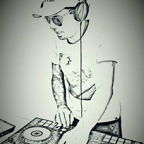 suter's avatar