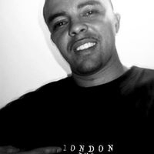 Johnny Torres's avatar