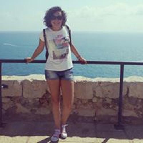Lara Sánchez's avatar