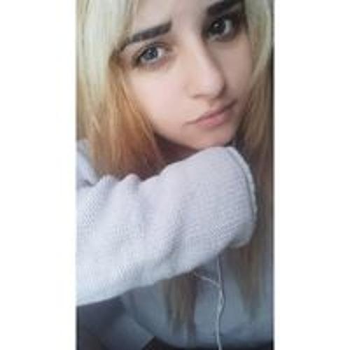 Lizbeth Medina's avatar