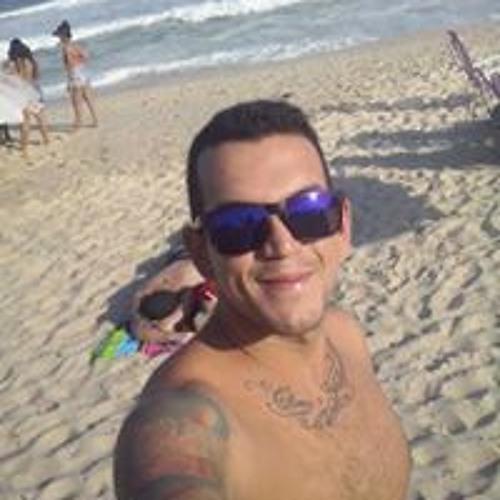 Junior Ribeiro's avatar