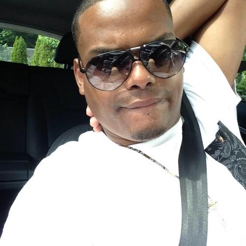 dj sandro's avatar