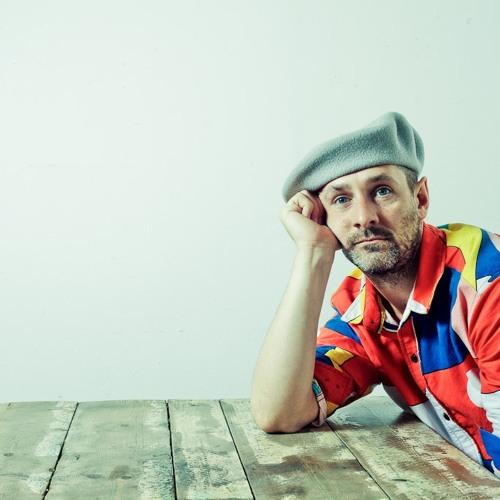 Giles Smith's avatar