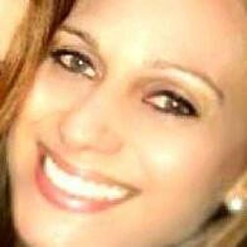 Dóris Luciana Kaminski's avatar
